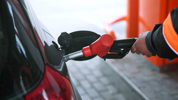 Хямд бензин импортлохыг Орос хориглоно