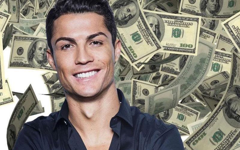 Кристиано Роналдо тэрбумтан болно