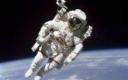 Сансрын нисэгч болохоор 12 мянган хүн бүртгүүлжээ
