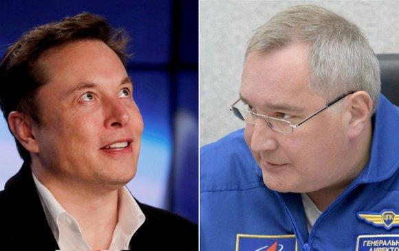 Элон Маск, Роскосмосын маргаан ширүүсчээ