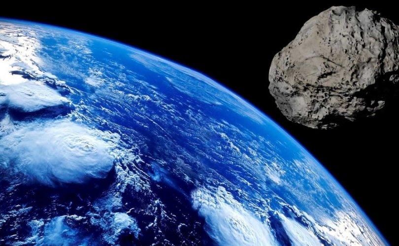 НАСА: Аюултай хоёр солир манай гаригийг чиглэн ирж байна