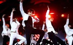 """""""BTS"""" хамтлагийн тоглолтыг YouTube-ээр үнэгүй цацна"""