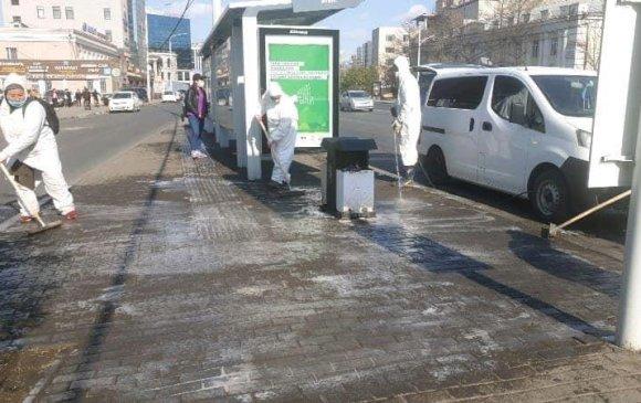 Автобусны буудлыг 200 литр ус, 20 уусмал, нэг литр хөөсөөр угаажээ