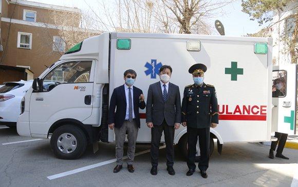 Эмнэлгийн яаралтай тусламжийн авто машин гардууллаа