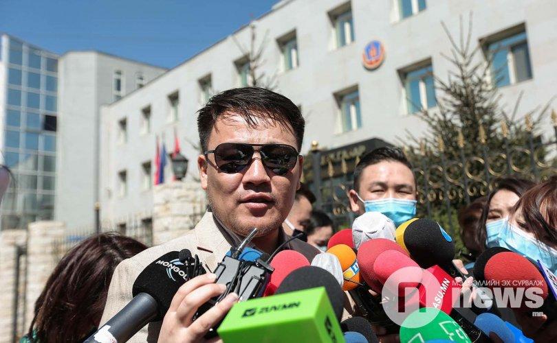 Хан-Уулд нэр дэвшигч Н.Номтойбаяр гарын үсгээ цуглуулж эхэллээ