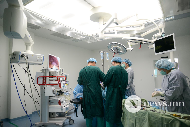 Төрийн албан хаагчдын нэгдсэн эмнэлэг хагалгаа (4 of 8)
