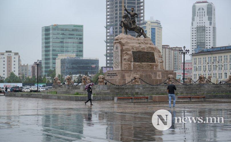 Улаанбаатарт 18-20 градус, өдөртөө бороо орно