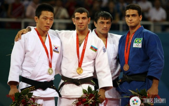 Солонгосын олимпийн медальтан бэлгийн хүчирхийлэл үйлджээ