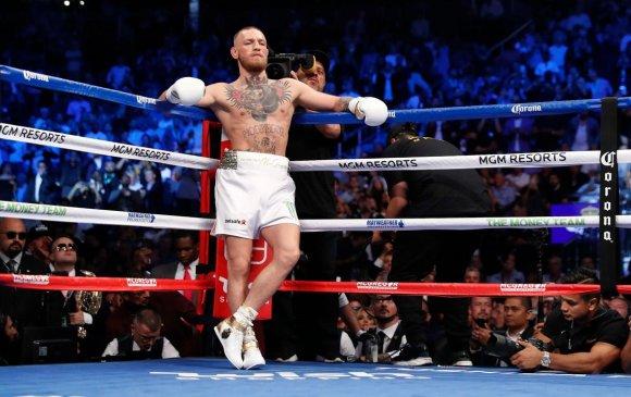 Конор МакГрегор ахин боксын тулааны урилга хүлээн авлаа