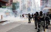 Хонгконгийн бослого дахин сэргэж, цагдаагийн эсэргүүцэлтэй тулгарлаа