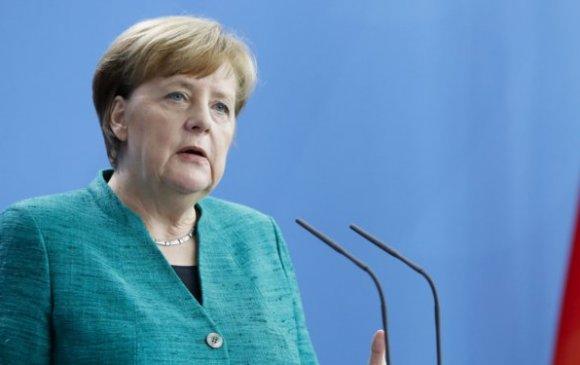 Ирээдүйгээ дэнчинд тавин, Герман улс карантины журмаа сулруулав