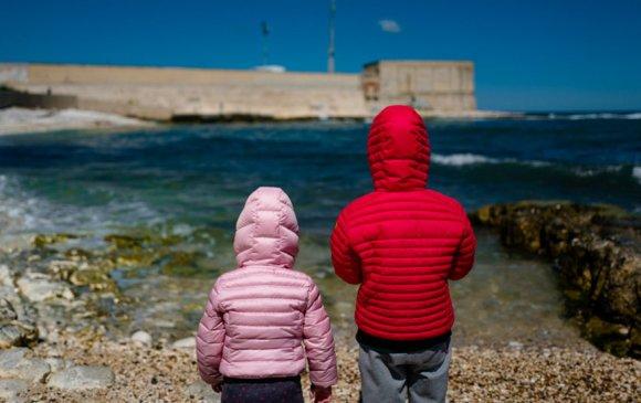 Италид 700 мянган хүүхэд хоолны хомсдолд ороод байна