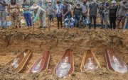 Бразил: Харанхуй нөмөрсөн өдрүүд үргэлжилж байна