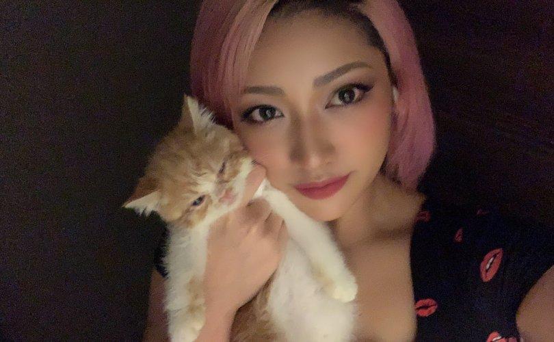 Японы бөх Хана Кимура 22 насандаа учир битүүлгээр нас баржээ