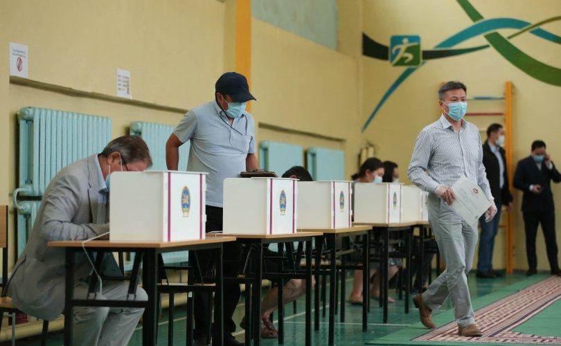 Сонгуулийн санал авах өдөр 130 сонгогч 18 нас хүрчээ