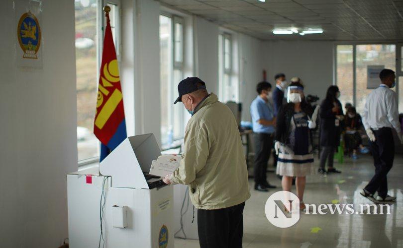 Орон нутгийн сонгуулиар мандатын тооноос олон хүнд санал өгч болохгүй