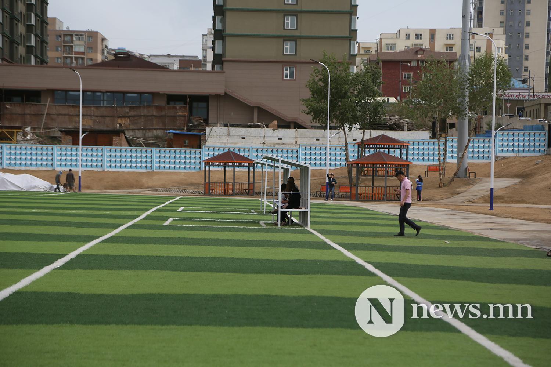 хөлбөмбөгийн талбайн нээлт (23)