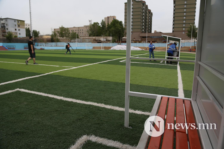 хөлбөмбөгийн талбайн нээлт (5)
