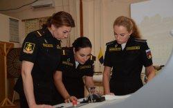 Оросын Хар тэнгисийн флот анхны эмэгтэй экипажтай боллоо