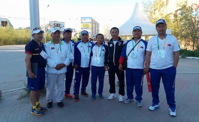 Монголын спортынхон Ц.Амарт хандив цуглуулж байна