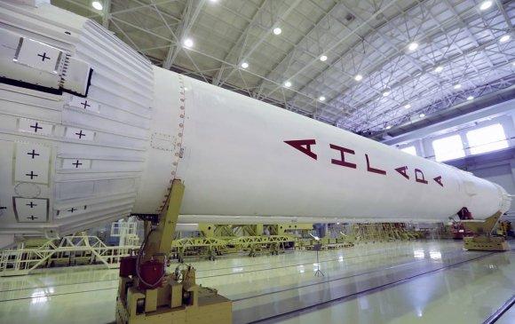 Орос сансрын тээвэрлэгч пуужингийн үнийг 50 хувь бууруулна