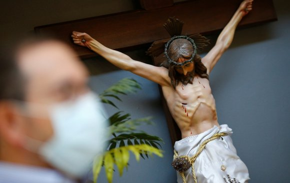 Хөшөө нураагчдын дараагийн бай Есүс