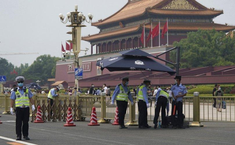 Эдийн засгийн хямралаас илүү Хонгконгийн үймээн