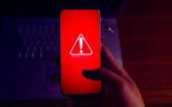 Андройд гар утсыг гацаадаг дэлгэцний зургийг илрүүлжээ