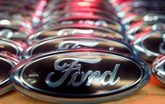 """Форд"" компани 2.15 сая автомашинаа эргүүлэн татна"