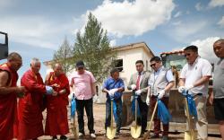 Дахин төлөвлөлтөнд хамруулан барих шинэ байрны шав тавих ёслол боллоо