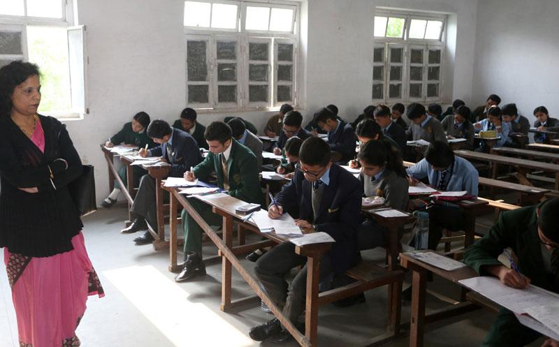 Балбад хятад хэлийг заавал үзэх хичээл болгожээ