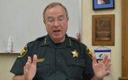 Флоридагийн цагдаагийн дарга дээрэмчдийг шууд буудахыг зөвлөжээ