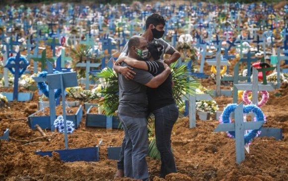 Бразилд хүнд хэвээр байгаа ч хорио цээрийг сулруулав