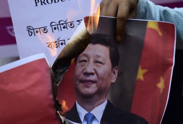 Энэтхэг Хятадтай цэргийн зөрчлийг шийдвэрлэхээр хичээж байна