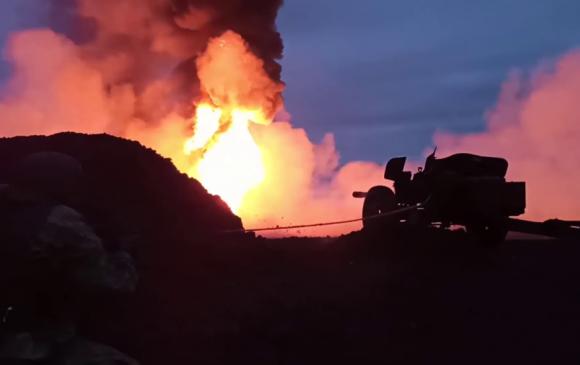 ОХУ-ын арми танк эсэргүүцэгчээр гал унтрааж байна
