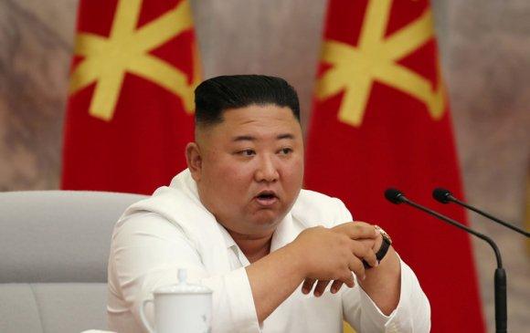 Ким Жон Ун армийнхаа байлдааны бэлэн байдлыг шалгана