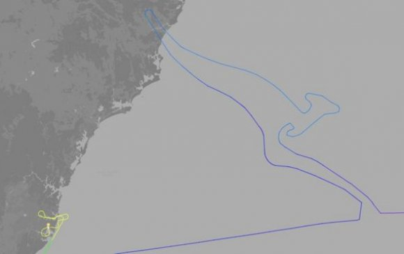 """Австралийн сүүлчийн """"Боинг 747"""" агаарт имжний дүрс үүсгэн оджээ"""