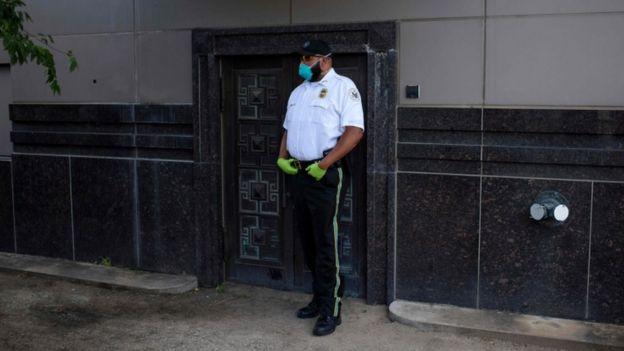 АНУ-д тагнуул хийсэн хэргээр сингапур эрэгтэйг баривчлав