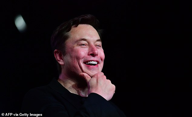 Элон Маск дэлхийн хамгийн баян хүн болоход ойрхон байна