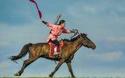 Монгол дайчин Мулан гэж хэн байв
