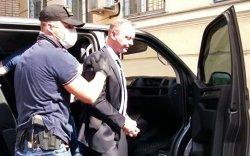 Сэтгүүлч Иван Сафроновыг эх орноосоо урвасан хэргээр баривчлав