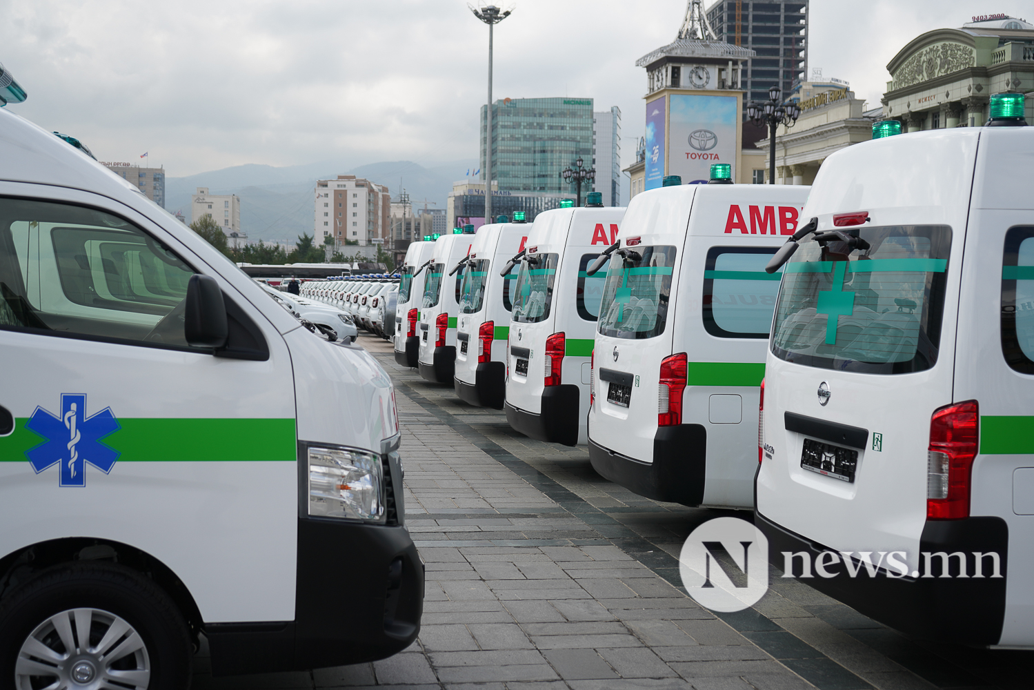 Нийслэлийн эрүүл мэнд, цагдаагийн байгууллагад 92 автомашин гардуулж байна (10 of 45)