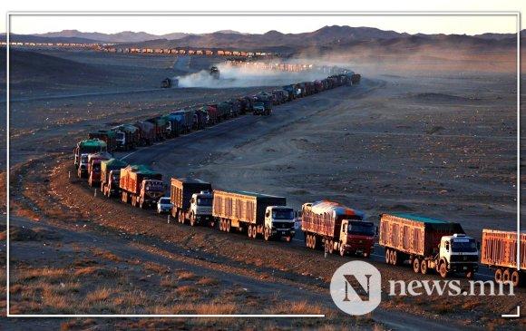 Шивээхүрэнгийн боомтоор өдөрт 300-400 тээврийн хэрэгсэл нүүрс тээвэрлэж байна
