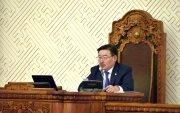 Хятад ядуурлыг халж, монголчууд хүнсний талоноор амь зогоосоор