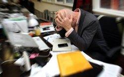 Судалгаа: Хөдөлмөр эрхэлж буй 2 хүн тутмын нэг нь хэт их цагаар ажилладаг