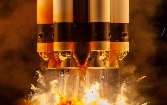 Роскосмос 2021 онд хоёр жуулчин ОУСС-руу нисгэнэ