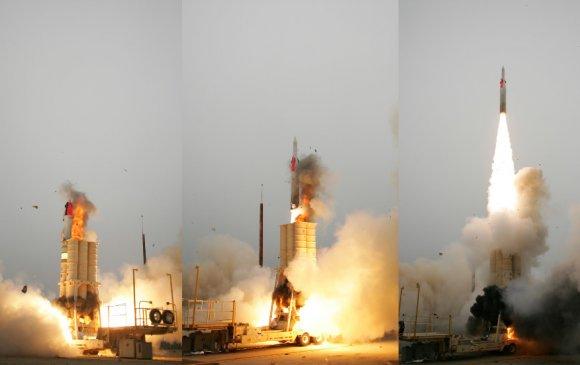 АНУ, Израил хоёр баллистик пуужин эсэргүүцэгч амжилттай туршчээ