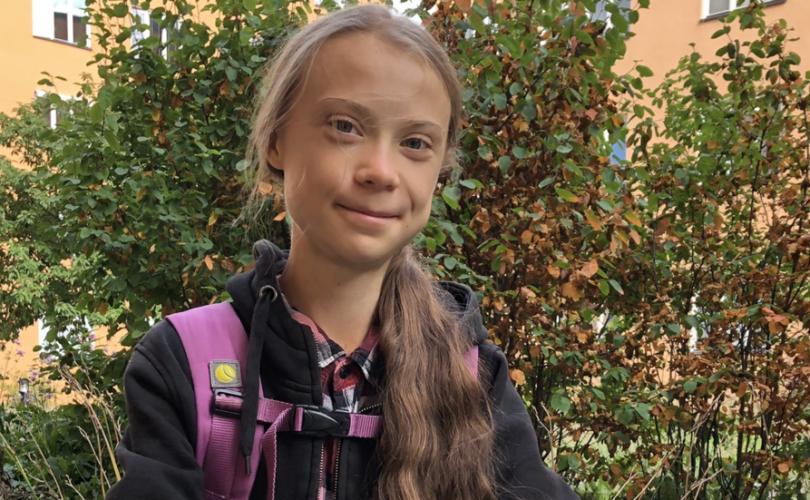 Грета Тунбергийн чөлөө дуусч, сургуульдаа эргэн орлоо