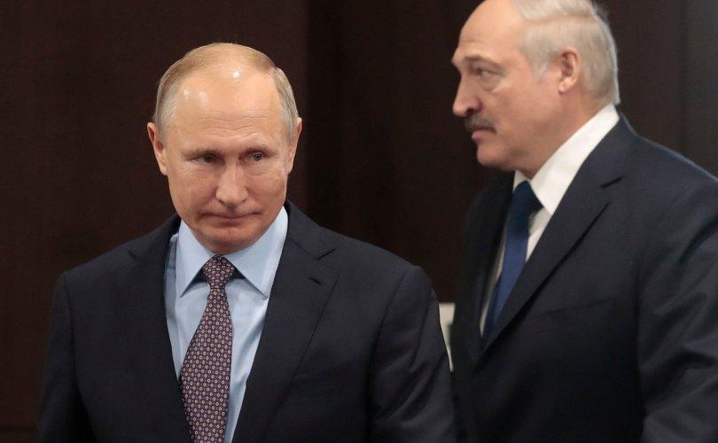 Путин: Беларусь руу илгээх тусгай хүчин бэлэн болсон