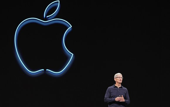"""""""Apple""""-ийн тэргүүн Тим Кук тэрбумтан болжээ"""